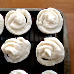 red velvet cupcakes | sweetsaltcrunch.com